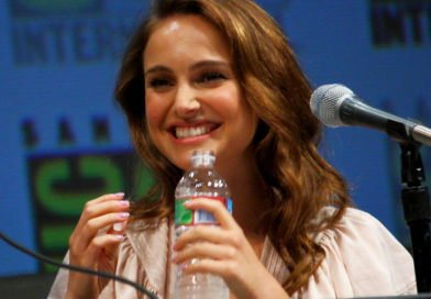 Both Christmas and Hanukkah will be celebrated in Natalie Portman's home