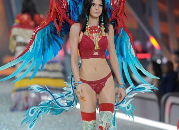 2016 Victoria's Secret Fashion Show in Paris - Kendall Jenner