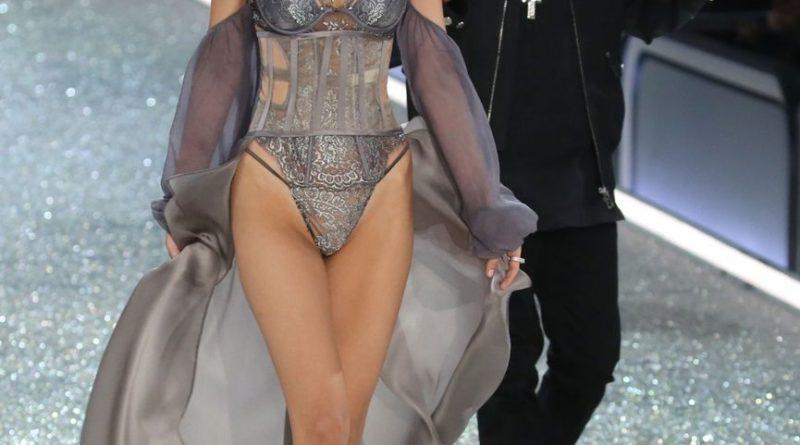 2016 Victoria's Secret Fashion Show in Paris - Bella Hadid