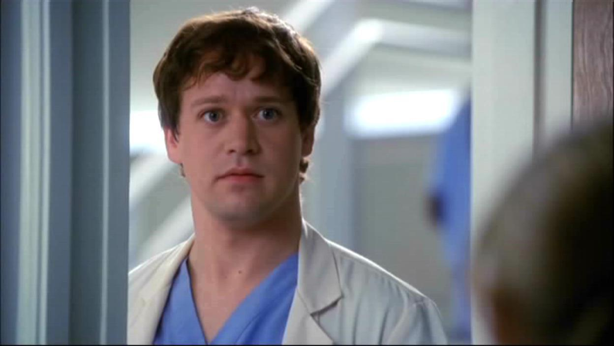 T R Knights Character George Could Still Be Alive On Greys Anatomy