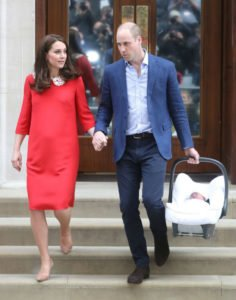 William and Kate showed on the steps of the Lindo Wing