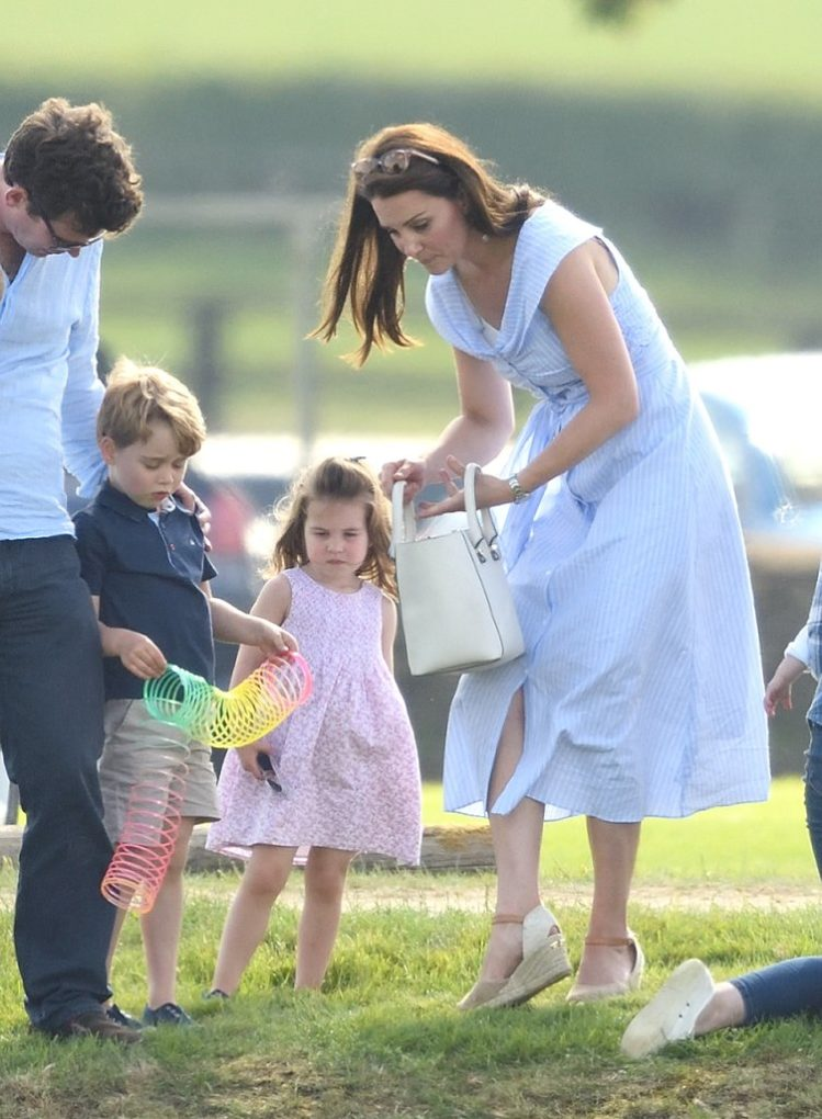 kate middleton prince william prince george and princess charlotte