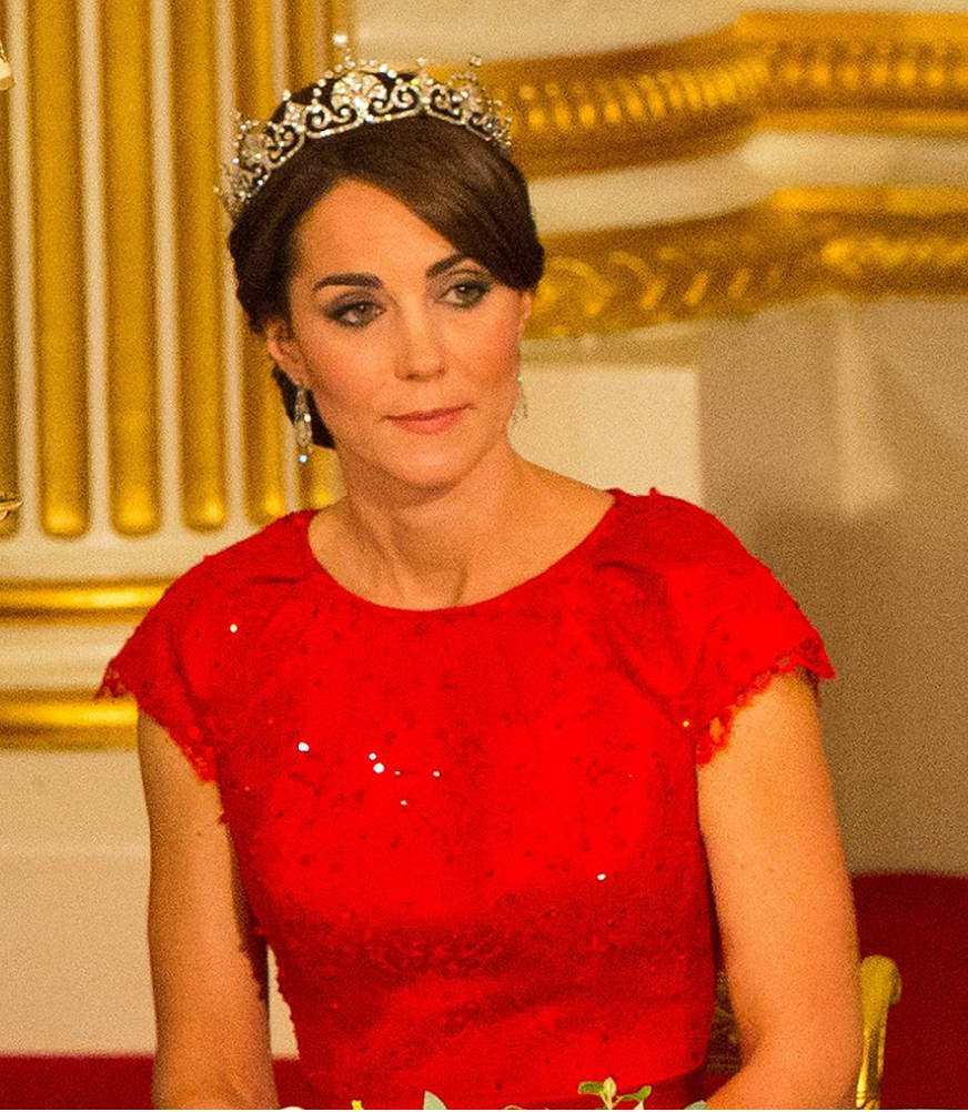 Kate Middleton wearing a dazzling tiara 2