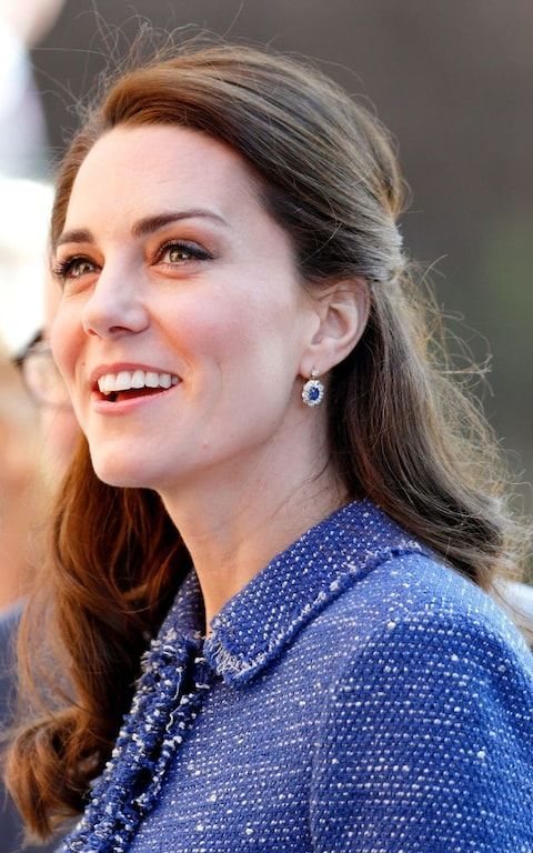 Duchess of Cambridge wearing a pair of Diana's sapphire earrings