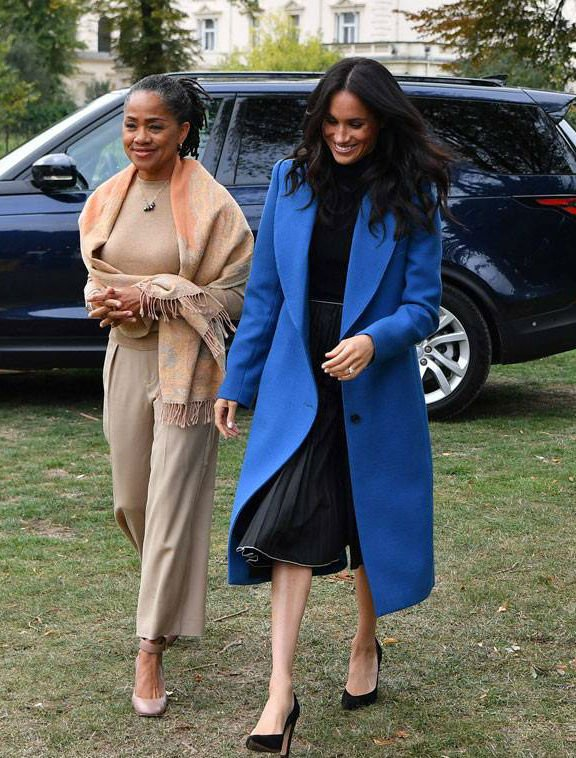 Meghan Markle and his mother