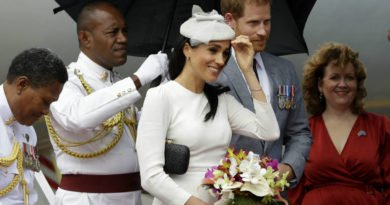 Meghan Markle Arrives in Fiji for Royal Tour