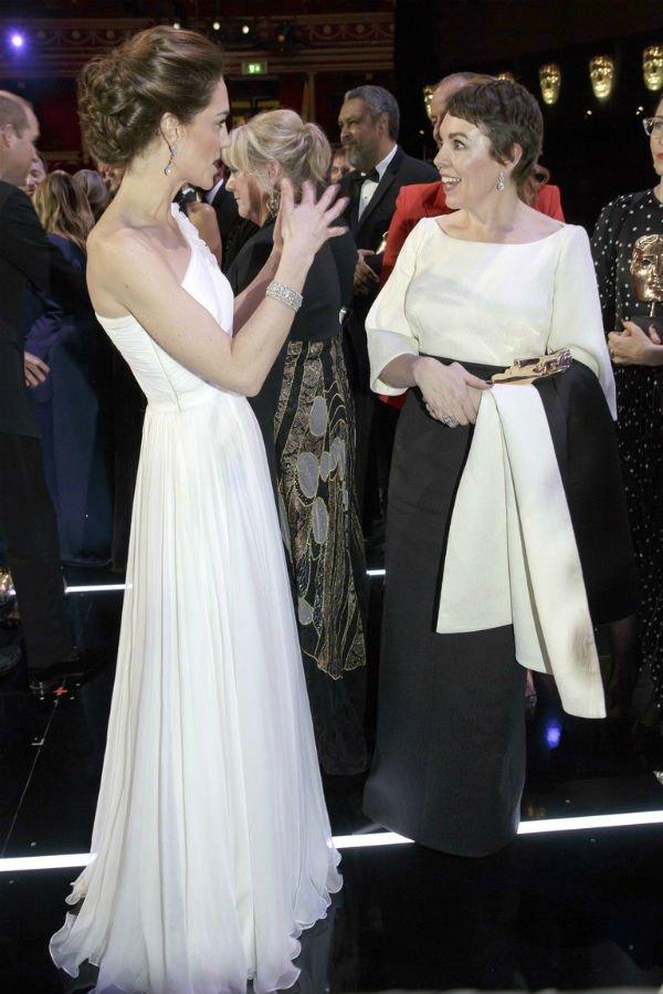 Kate Middleton and Olivia Colman