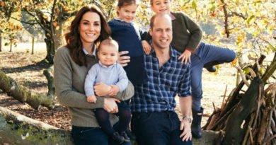 Cambridge family's Christmas card