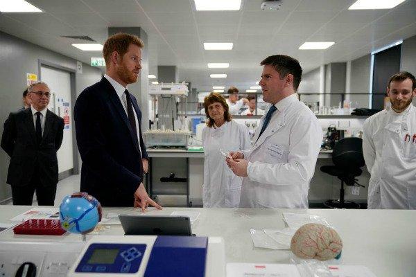Prince Harry visits the laboratory