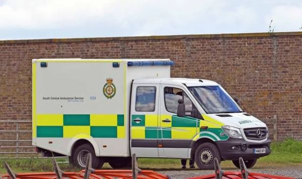 Royal Baby Birth Imminent As Ambulance Arrives At Frogmore Cottage