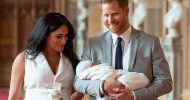 Sweet Message Harry Whispered To Meghan During Archie's Photo Call