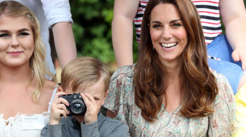 Kate Middleton Photographic Society