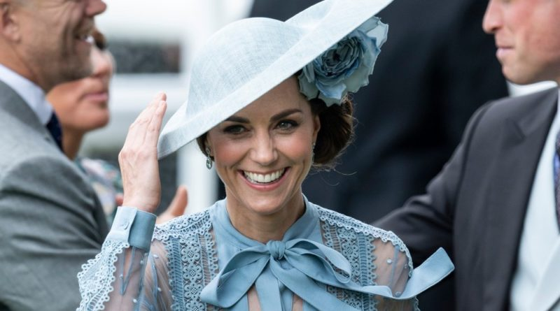 Kate Stuns In Sheer Blue Dress At Royal Ascot With Prince William
