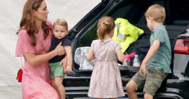 Kate and kids