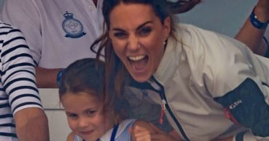 Princess Charlotte Stick Her Tongue Out At King's Cup