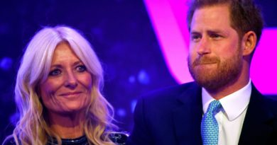 Prince Harry Breaks Down On Stage