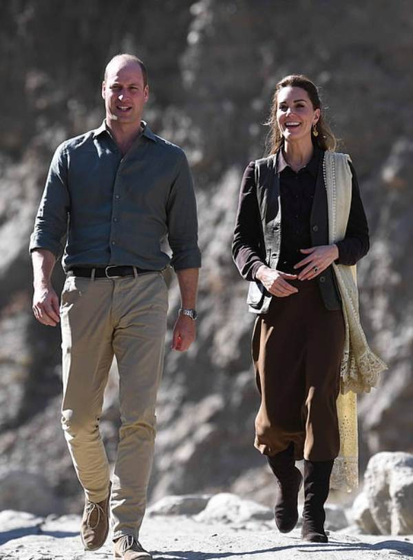 William And Kate Arrive For Last Engagement Of The Day In Kalash Valley