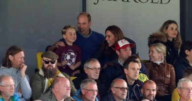 William And Kate Take George And Charlotte To Cheer On Aston Villa