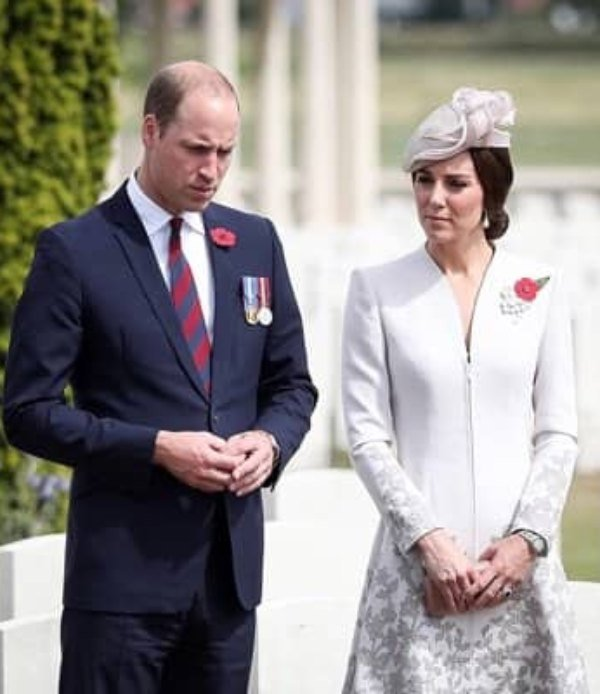 William And Kate donning red poppies