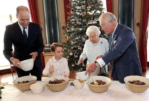 Prince George made Christmas puddings