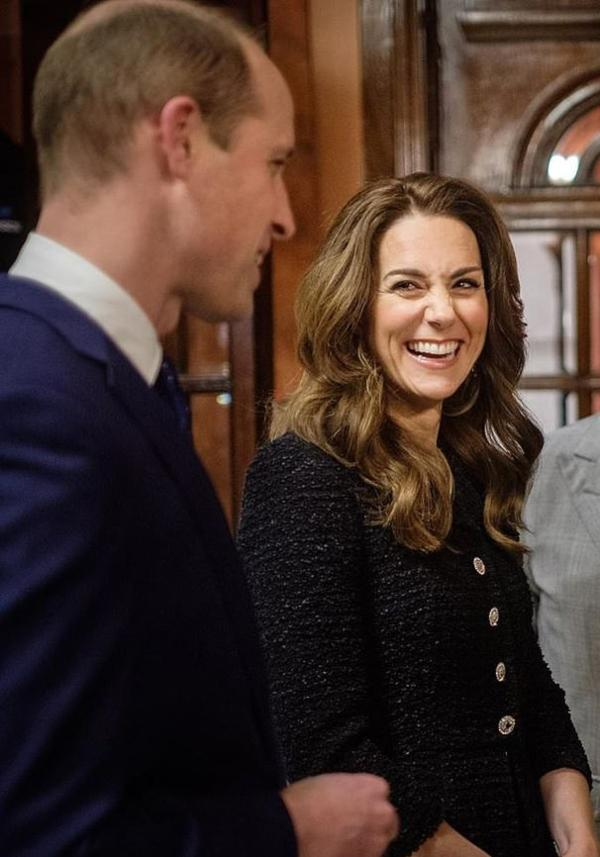 The Sweet Moment Between William And Kate You Missed During Night At Theatre