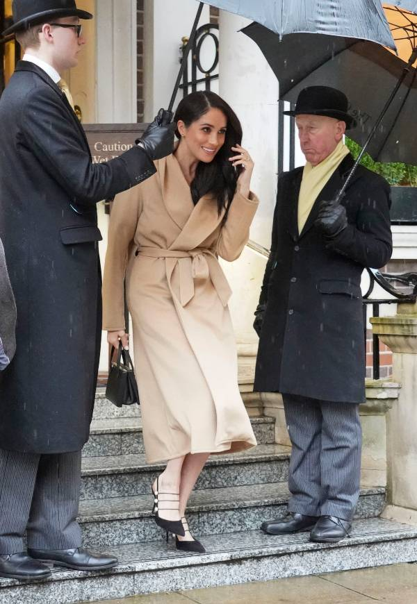 Meghan, Duchess of Sussex leaves hotel