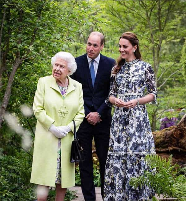 Prince William And Kate Share New Photo To Mark The Queen's Birthday
