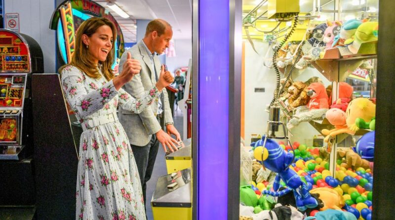 Prince William And Kate Make Surprise Visit To Barry Island