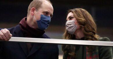 Prince William And Kate Kick Off Royal Train Tour