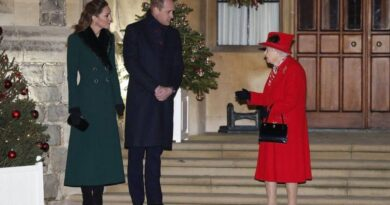 Prince William And Kate Reunite With The Queen For Special Event