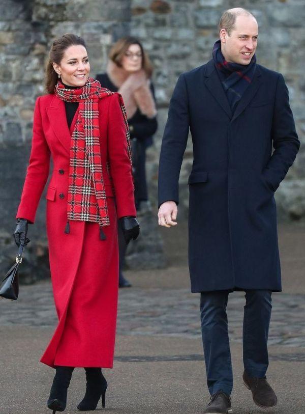 Prnce William and Kate Middleton on Christmas Royal Train Tour