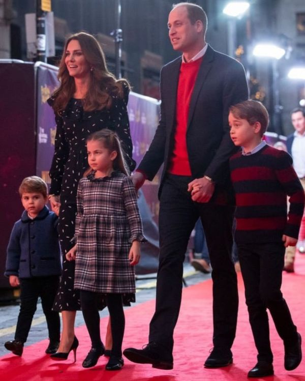 William-And-Kate-Take-George-Charlotte-And-Louis-On-First-Red-Carpet-For-Pantomime