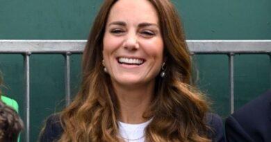 Duchess Kate Makes Surprise Apprarance At Wimbledon