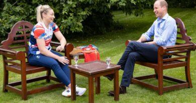 Prince William surprises Team GB's Lauren Price 1